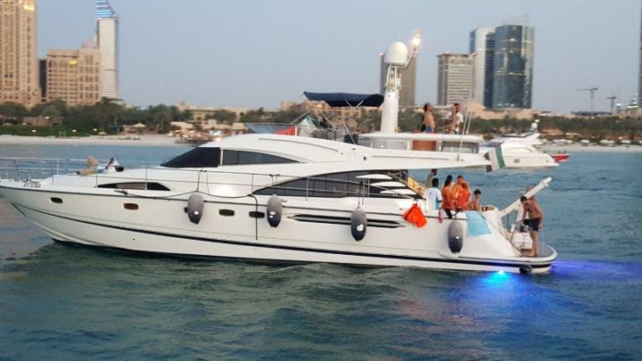 Champion 1 Yacht Dubai
