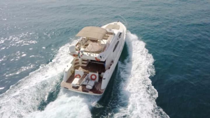 Cozmo 2 Yacht Dubai