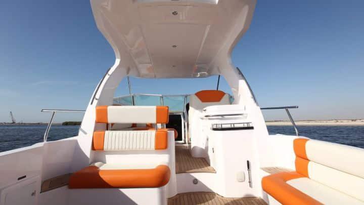 Elite 4 Mini Yacht Dubai