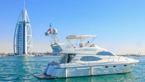 Luxury 2 Yacht