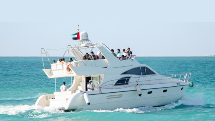 Luxury 5 Yacht Dubai